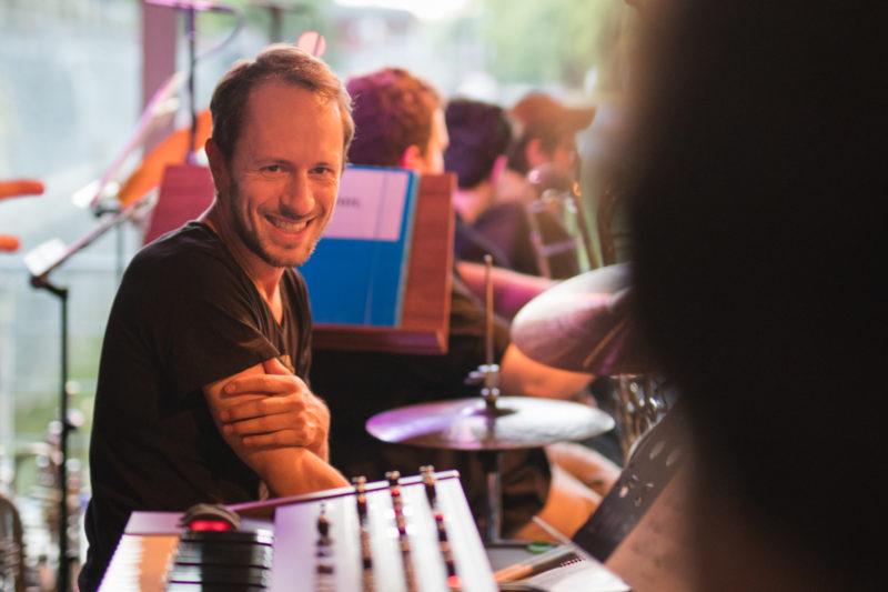 Martin Novák na koncertě Concept Art Orchestra (2019) / Foto Jan Mazura