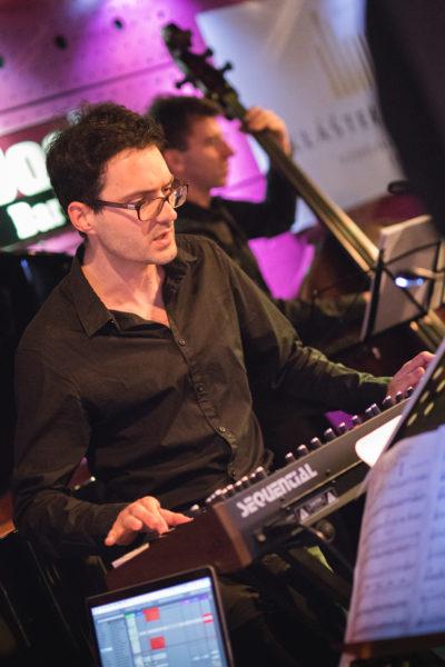 Martin Brunner na koncertě Concept Art Orchestra (2019) / Foto Jan Mazura